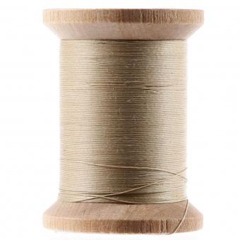 Yli Quilting Ecru - Gewachstes Handquiltgarn auf der Holzspule - 500 yards / 455m - Cotton Hand Quilting Thread 3-Ply Extra Long Staple Egyptian Cotton