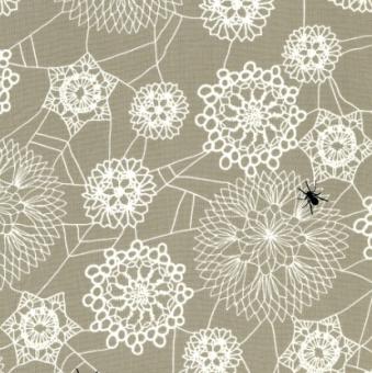Ausgefallener Motivstoff mit Häkeldeckchen - Doily Web Grey by Rashida Coleman-Hale - Cotton + Steel Stoff