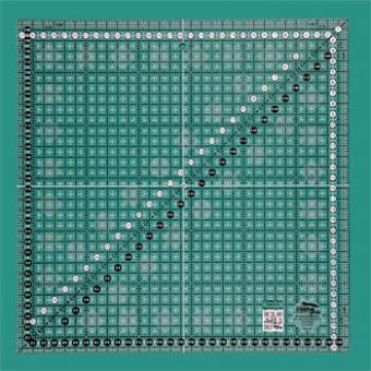 31,5 x 31,5cm Patchworklineal Quadrat - Creative Grids Non Slip METRIC Square Ruler - Quadratisches Zentimeter-Rollschneidelineal