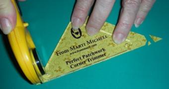 Eselsohren Lineal - Marti Michell Corner Trimmer Dog Ear Ruler