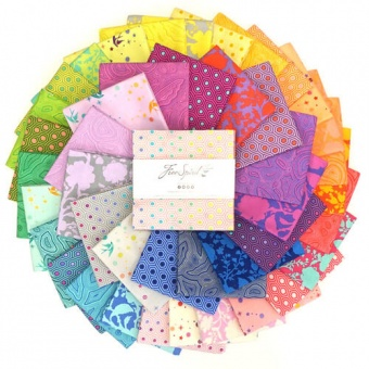 """5"""" Charm Pack True Colors by Tula Pink - 5 inches Charm Squares Stoffpaket Designerstoffe"""