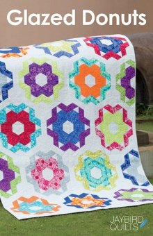 Glazed Donuts Patchworkdecke - Hex'N'More Schnittmuster Booklet - Jaybird Quilts