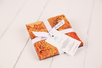 Neutral Classics by Kaffe Fassett Charm Pack - Charms Paket
