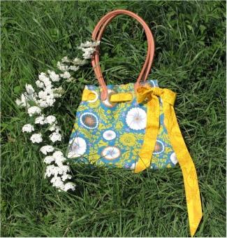 Mendocino Flower Shopper - Spring Fling