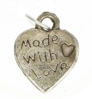"""Made with Love Annäher - Shabby Chic Metall-Charms - Altsilberne """"Mit Liebe gemacht"""" Herzchen-Anhänger"""