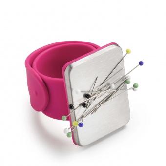 Pinkes Nadelmagnet-Armband - Magnetisches Nadelkissen - PRYM LOVE
