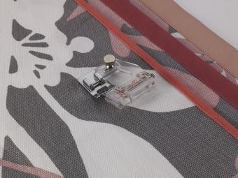 Einstellbarer Schrägbandeinfasser / Verstellbarer Schrägbandfuß - Klickfuß - Brother Nähfuß