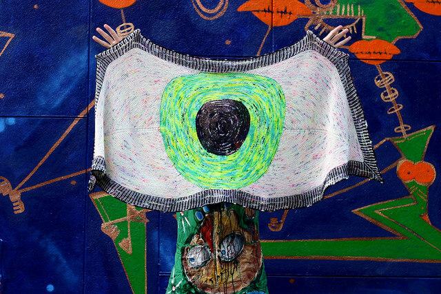 Quiltzaubereide Deutsch Eyeball Shawl By Stephen West